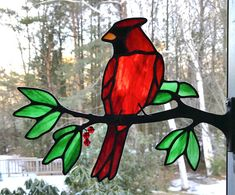 Stained Glass Birds by Chippaway Art Glass - Cool Glass Art Designs Stained Glass Cardinal, Stained Glass Birds, Stained Glass Crafts, Fused Glass, Broken Glass Art, Sea Glass Art, Glass Wall Art, Shattered Glass, Window Glass