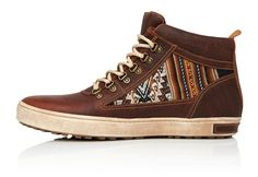 These Brown Leather Camping Boots are the BEST selling model at Inkkas. We believe the incorporation of traditional Peruvian patterns into a handcrafted sty...