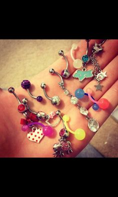 belly button piercings , I want to have this many! Belly Button Piercing Jewelry, Bellybutton Piercings, Cute Piercings, Piercing Ring, Piercing Tattoo, Tongue Piercings, Cartilage Piercings, Piercing Ideas, Cute Belly Rings