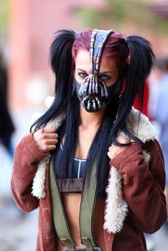 Sexy Female Bane (Enemy of Batman) 2013 Amazing Arizona Comic CON Dc Cosplay, Bane Cosplay, Cosplay Girls, Cosplay Costumes, Comic Con Costumes, Batman Villain Costumes, Female Villain Costumes, Bane Costume, Female Joker Costume