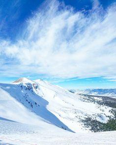 Skiing on top of the world this weekend! Breckenridgen huiput yltävät lähes neljään kilometriin ja hiihtokyläkin on kolmessa kilsassa. #GotOxygen (via Instagram)