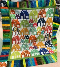 Houses quilt at Butterfly Threads Quilting. Scrap Quilt Secrets by Diane Knott. House Quilts, Spring Cleaning, Amish, Bird Feathers, Beautiful Hands, Cushion, Workshop, Quilting, Scrap