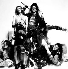 Alice Cooper group , schools out photo shoot Alice Copper, Thing 1, Claire Holt, Alternative Music, Aerosmith, Glam Rock, Latest Music, Pop Group, Hard Rock