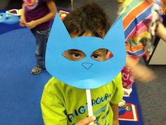 The Centered School Library: Pete the Cat Party. Would be neat for kids to record a video singing with Pete the Cat Mask Pete The Cats, Cat Activity, Cat Face Mask, Cat Party, Early Literacy, Cat Crafts, Book Projects, Kids Events, Preschool Activities