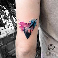 Triangle Watercolor Glyph