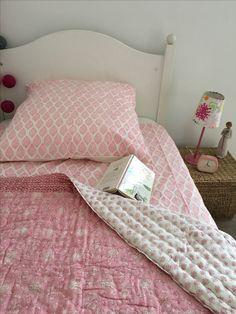 quilt matelass patchwork coton indien quilts edredons matelasses pinterest patchwork. Black Bedroom Furniture Sets. Home Design Ideas