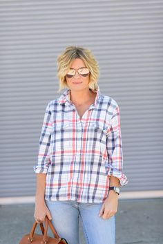 How 'bout a little Casual Friday action for ya, gang?  Serving up some weekend insp with this ridiculously comfy plaid from Omar + Elsie