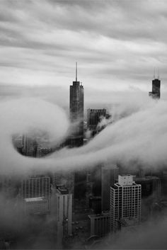 Chicago. Elegant cloud swell // YOLO on we heart it