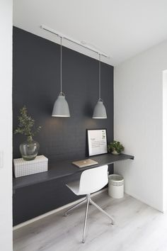 Byg nyt hus | Byg din drømmebolig | Galleri - Uldum Huse A/S Office Bar, Guest Room Office, Home Office, Hobby Room, First Apartment, White Houses, Buero, Bedroom Decor, Bedrooms