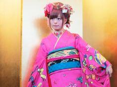 成人の日に振り袖姿を披露したきゃりーぱみゅぱみゅ画像: Fashionsnap.com