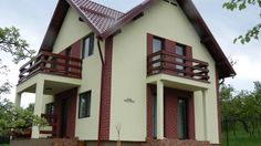 Constructii case lemn la cheie -  prezentarea casei de la Comarnic, jud ...