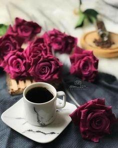 Coffee Flower, Flower Tea, Brown Coffee, I Love Coffee, Good Morning Coffee, Coffee Break, Coffee Cafe, Coffee Drinks, Coffee Photography