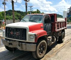 1991 GMC Mdl TOPKICK Dump truck available on GovLiquidation!