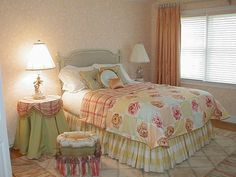 FRENCH COUNTRY STYLE DEFINES COTTAGE INSPIRED ROOM