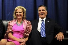 325 Ann Romney and Michelle Obama think pink    Posted by Natalie Jennings on October 16, 2012 at 8:58 pm    AFP PHOTO/Emmanuel Dunande