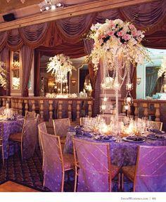 Deve ser caro, mas esses cristais pendurados entram no mesmo conceito da árvore Candelabra Centerpiece, Wedding Centerpieces, Hotel Wedding, Luxury Wedding, Wedding Venues, Glamorous Wedding Flowers, Wedding Images, Wedding Ideas, Wedding Stuff