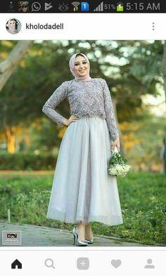 PRETTY MUSLIMAH Hijab Prom Dress, Hijab Evening Dress, Hijab Style Dress, Hijab Wedding Dresses, Backless Prom Dresses, Evening Dresses, Wedding Dress Bustle, Wedding Dress Buttons, Mode Abaya