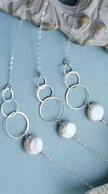 Bridesmaid necklaces. Gorgeous!