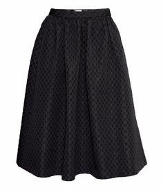 wide skirt in black   H&M GB