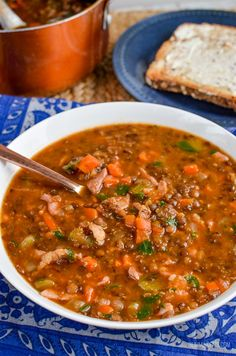 Slimming Eats Syn Free Bacon and Lentil Soup - gluten free, dairy free, Slimming World and Weight Watchers friendly Healthy Eating Tips, Healthy Soup, Healthy Nutrition, Healthy Recipes, Drink Recipes, Healthy Meals, Dinner Recipes, Lentil And Bacon Soup, Lentil Soup