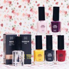 Wist je dat de formule van HEMA nagellak is veranderd? Het is niet alleen minder gevoelig voor beschadigingen maar ook makkelijker om aan te brengen. #hema #beauty #nails