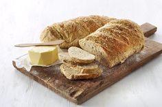 havrebrød (oat bread) - recipe in Norwegian Oat Bread Recipe, Bread Recipes, Baking Recipes, Norwegian Food, Norwegian Recipes, European Cuisine, Scones, Vegan, Spreads