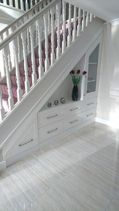 55 Genius Under Stairs Storage Ideas For Minimalist Home. Many of us live in houses that have an open area underneath the stairs. Staircase Storage, Staircase Design, Under Stair Storage, Open Staircase, Foyer Storage, Stair Design, House Stairs, Carpet Stairs, Basement Stairs