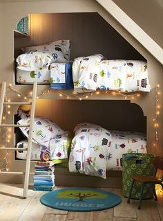 Are these bunk beds and the matching sheets ever cute? | mommo design: Bunks for Boys (image only) | Tiny Homes