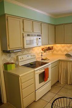 chevron backsplash: this is basically what my kitchen backsplash looks like now and I LOVE it!