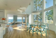 So nice.... Clean and airy..... Great space for entertaining!!!!! Love love love