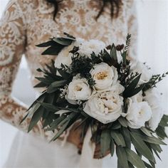 20 Gorgeous Winter Wedding Bouquet Ideas You Must Have! – My Wedding Dream Wedding Wishes, Wedding Bells, Our Wedding, Dream Wedding, Wedding Things, Wedding Poems, Quirky Wedding, Wedding Table, Rustic Wedding