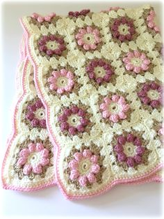Crochet Baby Blanket Pattern, Baby Blanket Pattern, Baby Blanket, Crib Blanket, Flower Blanket Pattern - pinned by pin4etsy.com