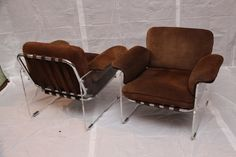 Pair of Pace Argenta Lucite and Chrome Club Chairs image 3