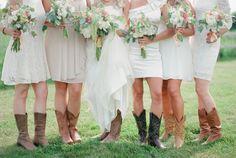 Emily Steffen, The Enchanted Barn wedding, Wisconsin barn wedding, soft wedding ideas, gold glitter wedding, outdoor WI wedding, Film wedding photographer