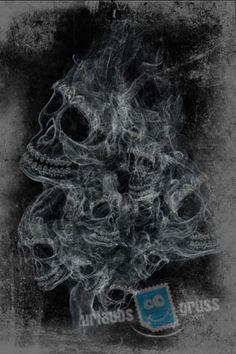 Halloween Postkarte mit rauchenden Schädeln. Alle Urlaubsgruss.com Halloween Vorlagen findet Ihr in unserer Vorlagen Gallerie auf der Urlaubsgruss.com Webseite und den Urlaubsgruss Apps für iPhone und Android