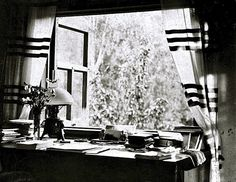 Life in gardens/enclos*ure: from the window -- Finland, ca. 1920, by Edith Sodergran (detail).