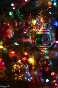 Old fashion Christmas tree...... - Favorite Photoz