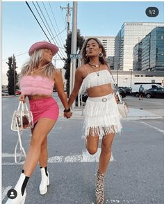 Bachelorette Outfits, Cowgirl Bachelorette Parties, Cowgirl Party, Cowgirl Outfits, Cowgirl Style, Boho Beach Wedding, Festival Outfits, Aesthetic Clothes, Cute Outfits