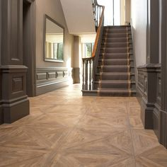 Now this is not a question you encounter every day, but #interior #designers and #architects are often asked to advise as to which is the best #parquet #floor #pattern for a project. So, before we look at the individual nuances of each, let's explore the history.