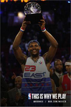 Lebron James se convirtio en el jugador más joven en ser nombrado MVP del NBA All-Star Game a la edad de 21 años en 2006. #MVP #YoungestMVP #JMV #LeBronJames #KingJames #Trophy #Joven #Winner #NBA