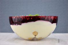 Schicht für Schicht eine Gaumenfreude: Windbeutel-Schicht-Dessert