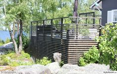 uteplats,altan,spaljé,staket,fallskydd Garden Bridge, Deck, Outdoor Structures, Outdoor Decor, Image, Home Decor, Lawn And Garden, Pictures, Decoration Home