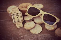 Woowa Square wood Watch + Bamboo sunglasses. Are u ready for summer season? #woodwatch #wood #sunglasses #fashion #czech #summer #watch