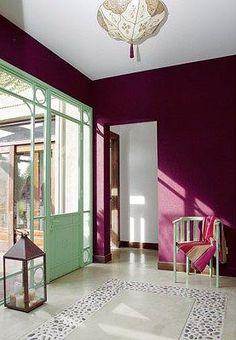 32 best ideas for living room colors purple house Casa Retro, Global Decor, Casa Clean, Interior And Exterior, Interior Design, Modern Rustic Decor, Tadelakt, Purple Home, Living Room Colors