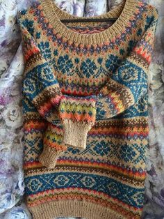 30 Great Picture of Colorwork Knitting Patterns Fair Isles . Colorwork Knitting Patterns Fair Isles Continue The Fair Isle Through The Body From A Yoke Sweater Can Be Punto Fair Isle, Tejido Fair Isle, Motif Fair Isle, Fair Isle Pattern, Fair Isle Knitting Patterns, Knit Patterns, Jumper Patterns, Sweater Knitting Patterns, Stitch Patterns