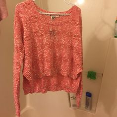 Louse fit light sweater Very pretty and comfy Sweaters