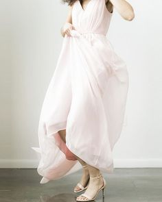 Simple bridesmaid dress. Simple Bridesmaid Dresses, Wedding Dresses, Blush Weddings, Adrianna Papell, Homecoming Dresses, Evening Gowns, Jumpsuit, Unique, Beautiful