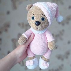 Mesmerizing Crochet an Amigurumi Rabbit Ideas. Lovely Crochet an Amigurumi Rabbit Ideas. Crochet Bunny Pattern, Crochet Teddy, Crochet Animal Patterns, Crochet Bear, Crochet Patterns Amigurumi, Cute Crochet, Amigurumi Doll, Knitted Dolls, Crochet Dolls