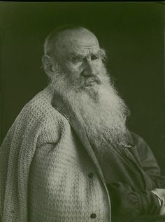 Leo Tolstoy a Russian writer. Photo by Vladimir Chertkov Tolstoy's friend, editor, and publisher. Realistic Fiction, Russian Literature, Essayist, Story Writer, Writers And Poets, Imperial Russia, Carnival Costumes, Portrait Photo, Old Pictures