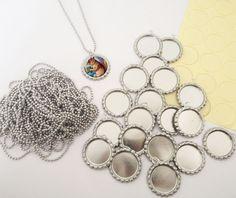 20 Pack Bottle Cap Pendants w/ Krystal Clear-Itz Covers + 20 Ball Chains